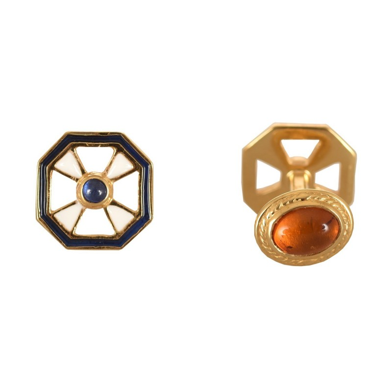CUFFLINKS WITH AMBER